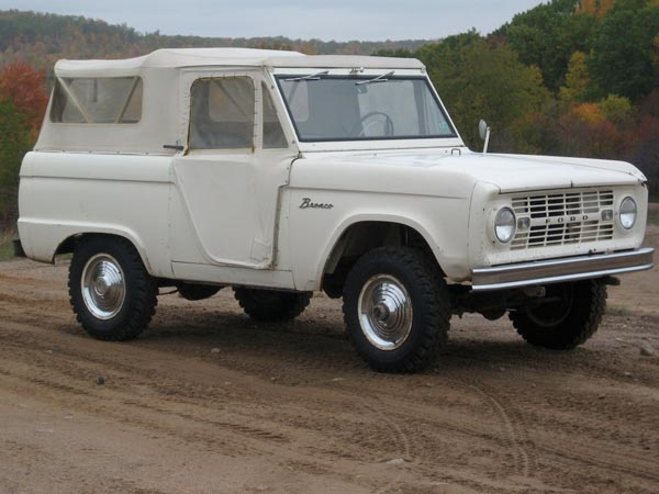 History of the 1966-1968 Ford Bronco – Ford Bronco Roadster